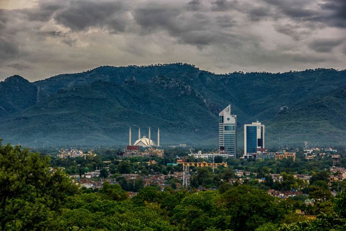 places to visit in pakistan Faisal Mosque