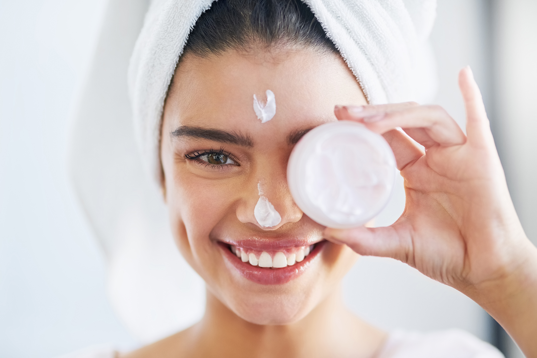 Must-Try Skin Care Tips For All Seasons | CityBook.Pk