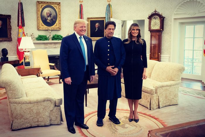 PM Imran Khan Represents The National Cloths Of Pakistan On All His Country Visits