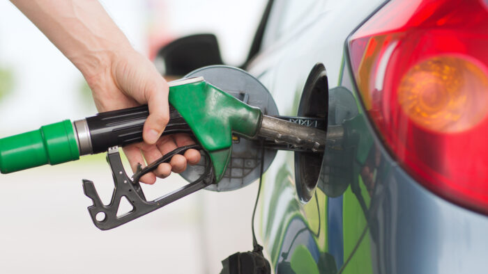 Govt Decides No Change in Petrol Prices For Next 15 Days